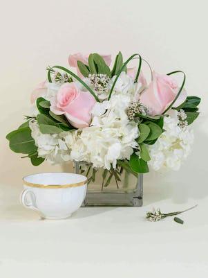 Petite Pink Roses & Hydrangea